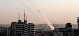 Israel fue alcanzado por 50 cohetes desde Gaza luego de un ataque aéreo que mata al líder de la Jihad Islámica