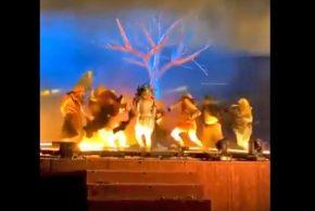 Tres artistas apuñalados en el escenario en la capital saudita | Arabia Saudita Noticias