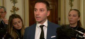 El ministro de inmigración de Quebec admite que cometió un error en reformas controvertidas