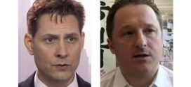Michael Kovrig y Michael Spavor llegan a Canadá después de casi 3 años de detención en China